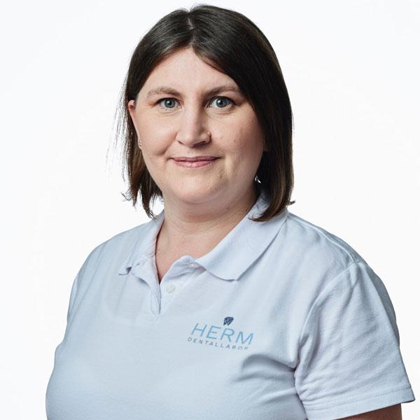 Helena Kuhn